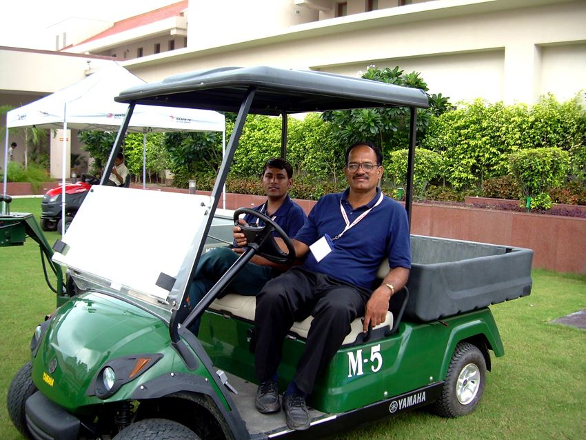 yamaha golfcar 2 seater with cargobed, Yamaha golfcar, Yamaha golfcart, Yamaha electric car, Yamaha battery car